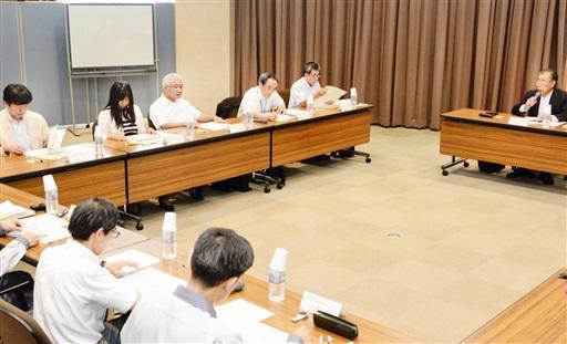 もんじゅの燃料取り出し作業などに関して意見した文部科学省の専門家会合=7月13日、福井県敦賀市のアトムプラザ