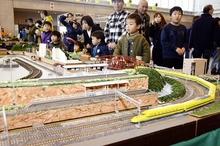 「鉄道のまち」凝縮、敦賀でフェス