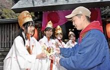 「花換え」巫女役募る 4月、敦賀・金崎宮でまつり 観光協、3人程度