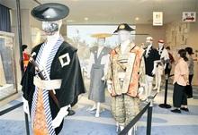 敦賀まつり、コロナで中止でも… 衣装見て熱気感じて 山車会館で巡行の法被など展示
