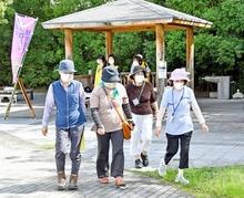 敦とんウオークで健康な体づくり 敦賀市、気比神宮前で始まる